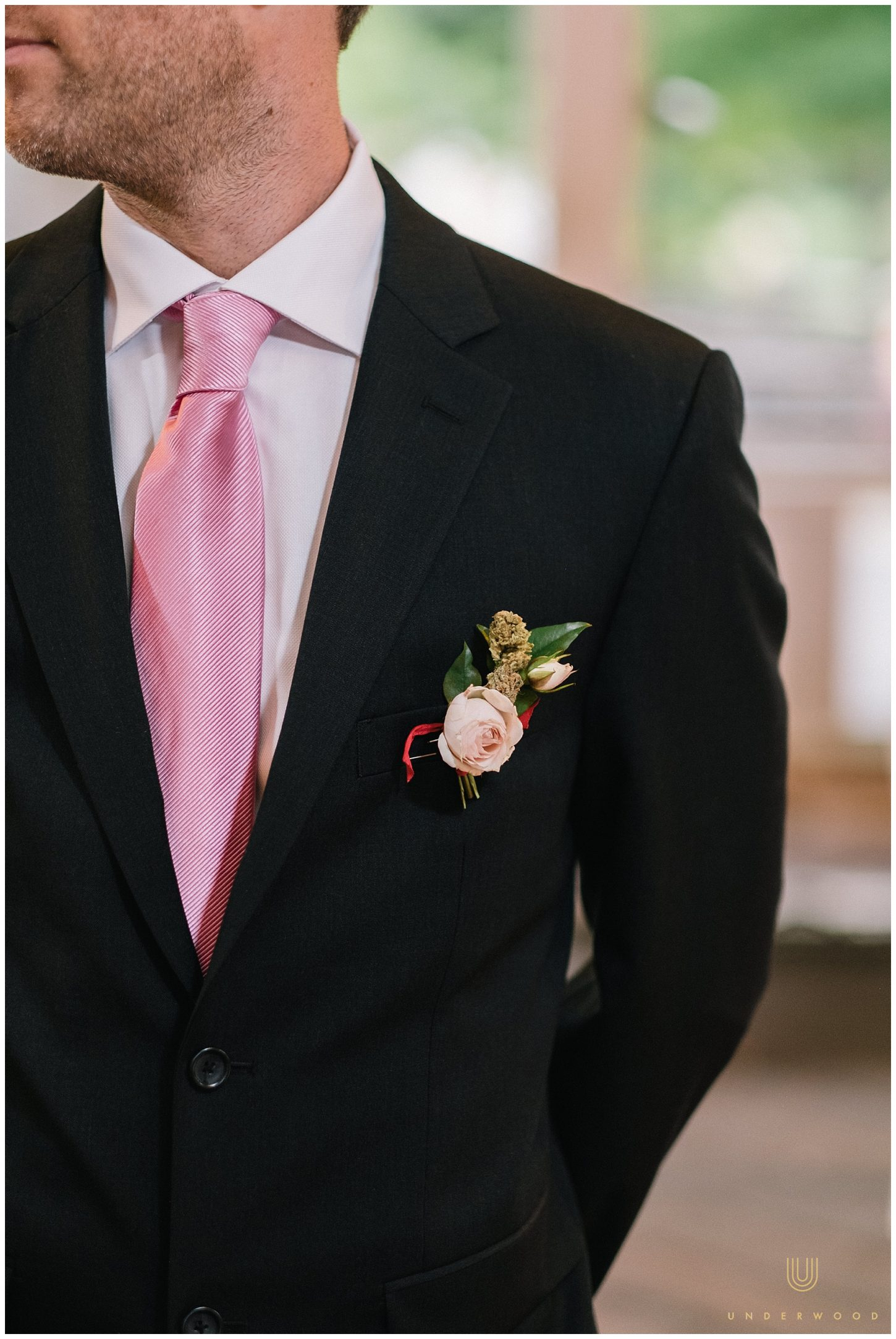 Weed boutonniere